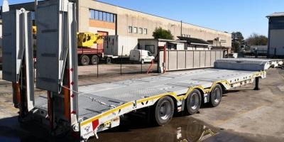 Semirimorchio carrellone NUOVO PRONTA CONSEGNA con rampe doppie BULL TRAILERS
